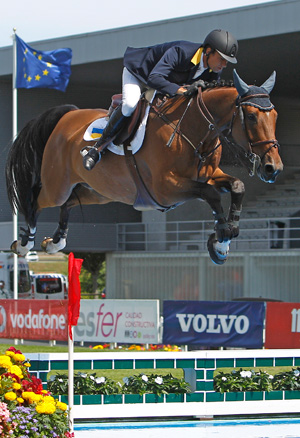 Cassio Rivetti and Temple Road jumped clear in the opening round to help secure the FEI Nations Cup European Promotional League 2012 title for The Ukraine at Gijon in Spain at the weekend.