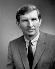 El senador estadounidense Joseph Tydings