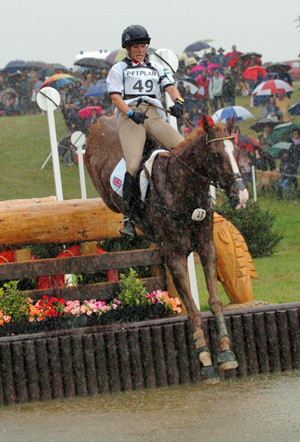 Zara Phillips and Toytown on their way to winning the 2005 European Eventing Championships over the David Evans-designed course at Blenheim.