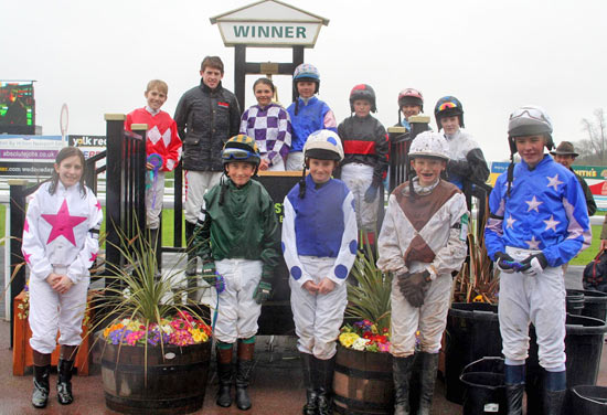 Finales en dos divisiones Pony Racing están en Newmarket el sábado, 6 de octubre.