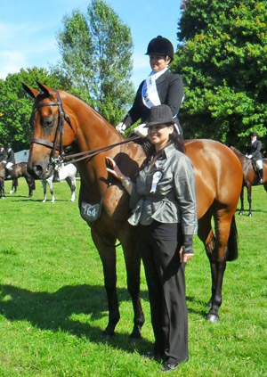 Anne Hjorth with THINK founder Elizabeth Charleston at the 2012 Horse of the Year Show.
