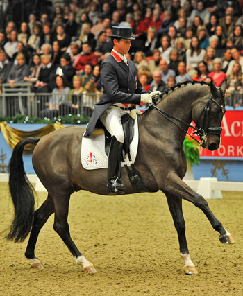 Carl Hester and Uthopia were third.