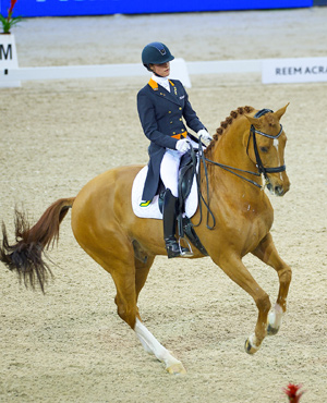 Andelinde Cornelissen riding Jerich Parzival