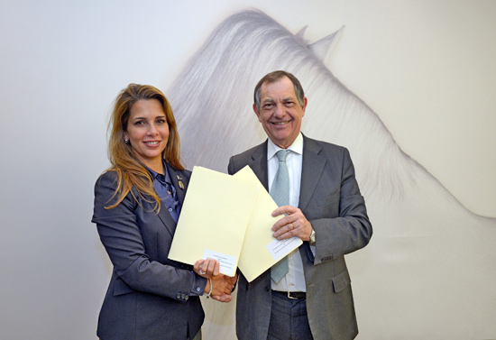 FEI President Princess Haya and OIE Director General Dr Bernard Vallat, at FEI headquarters in Lausanne, Switzerland, celebrate the start of a three-year plan for the safe international movement of sport horses. © Edouard Curchod/FEI