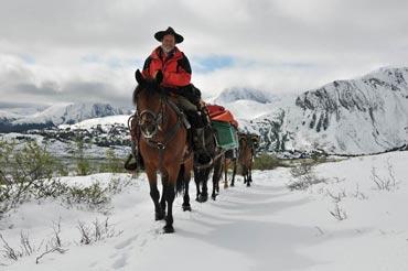 Guenter Wamser arrives in Alaska.