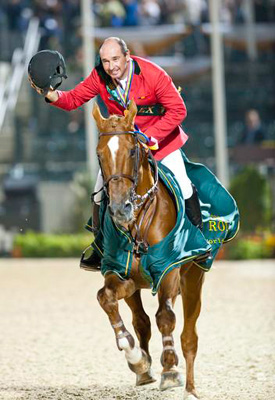 Philippe Le Jeune and Vigo d'Arsouilles after their WEG 2010 win.