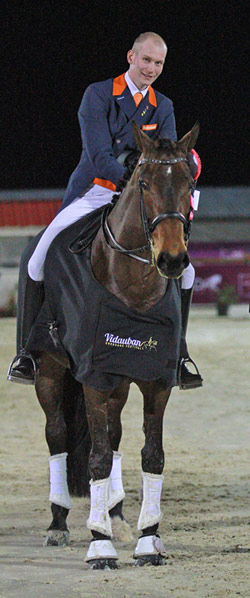 Youngest winning team member, 25-year-old Diederik van Silfhout, was delighted with the result he achieved with nine-year-old Arlando, who posted a mark of 69.300, leaving them in seventh place individually.