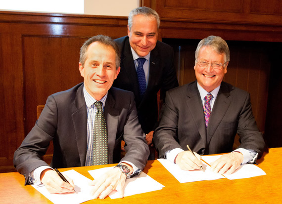 World Horse Welfare chief executive Roly Owers and FEI first vice president and chairman of the FEI Veterinary Committee John McEwen, right, sign a Memorandum of Understanding at the 22nd National Equine Forum on March 6 at which FEI secretary general Ingmar De Vos, centre, addressed experts from across Government, welfare, veterinary science and equestrian sport.