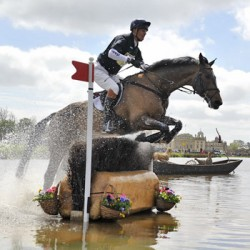 Fox-Pitt hot favourite for Badminton Horse Trials
