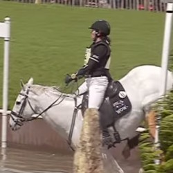 Video break: Badminton cross-country in slow motion