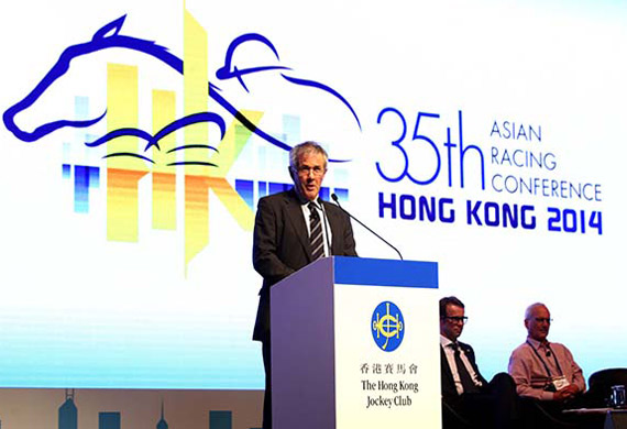 Author Don Watson speaks at the 35th Asian Racing Conference.