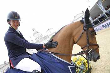 Sapinda Prix winners Harrie Smolders (NED) and Regina Z.