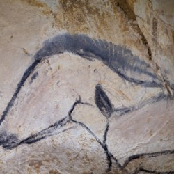 French cave replica opens, complete with horse art