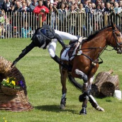 Nicholson aces cross-country to keep Badminton lead