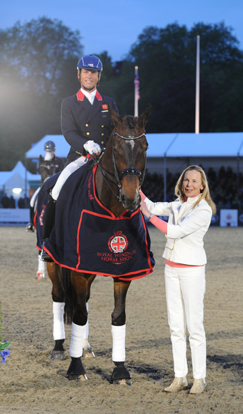 FEI Grand Prix Freeestyle to Music Winner Carl Hester and Nip Tuck.