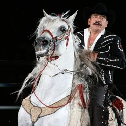 "Mexico's legendary ""Singing cowboy"" dies at 64"