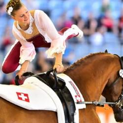 Simone Jäiser wins vaulting gold; German claims squad title