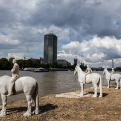 Horse sculpture installed in tidal reaches of the Thames