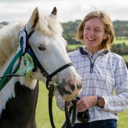 'Wild child' rescue pony helps rehomer beat cancer